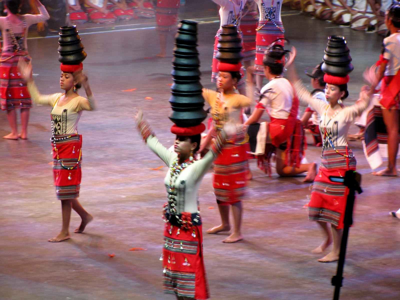 dances of luzon Tribes in the mountain provinces of luzon preserve their identity, customs and lore their dances celebrate important events in life such as birth, wedding, victory in war and thanksgiving.