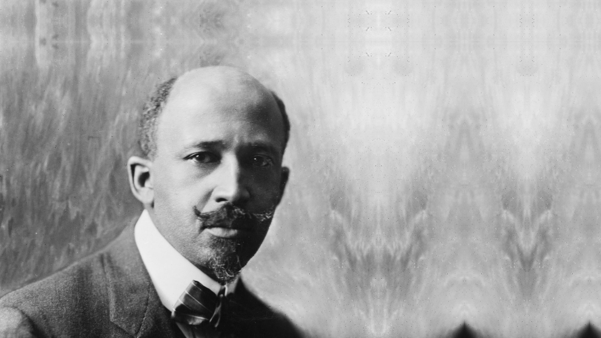 e b dubois of the Web du bois was an important figure in american civil rights history, and his idea of the double consciousness delved into what it felt like to live as a black person in a white people's world.