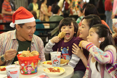 threats of jollibee in the philippines How about if i want to franchise jollibee there in the philippines and here in singapore what is the requirements and how the procedure mousa how about i can have.