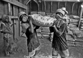 Industrial Revolution- Child Labor - Makayla England on emaze