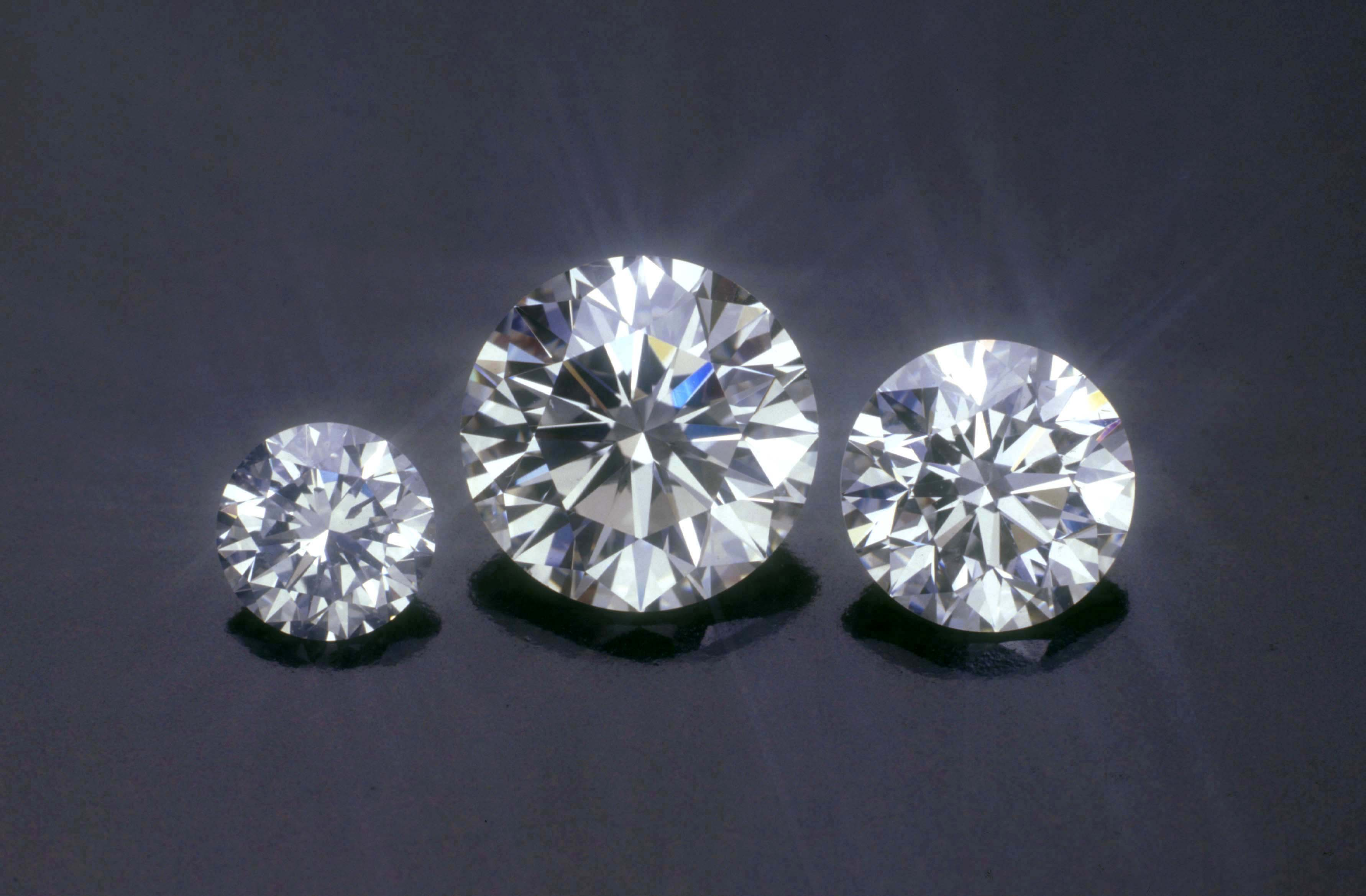 The eureka diamond - When Businessmen Realised That They Could Make Money Off Of Diamonds They Started Mining Companies To Extract The Diamonds From Places Such As South Africa