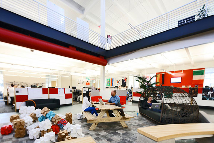 ... of all YouTube projects, and the office space supports it with open  areas and communal style work spaces. Employees from all levels and  positions sit ...