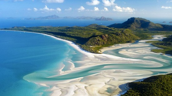 One Of The Most Beautiful Places In Earth Is Whitehaven Beach Australia White Haven Beaches Are Known For There Sand This Place Oviously