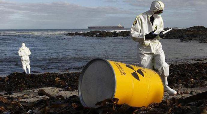 Randevúz fosszilis radioaktív izotópokat használva