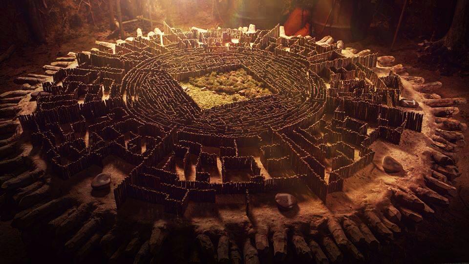 Maze Runner Griever Hole Maze Runner Movie Grie...