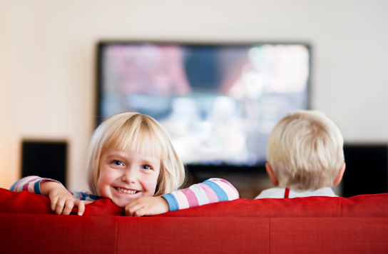 kids watching tv violence. does cartoon violence make kids more aggressive? watching tv o
