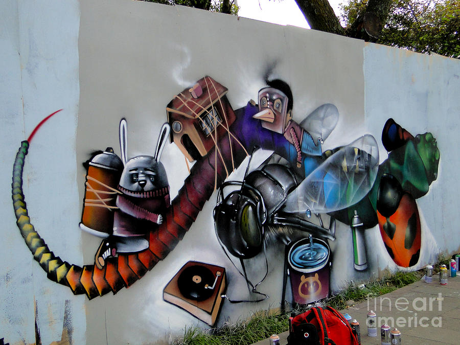 Works Of Graffiti Range From Simple Written Words To Elaborate Wall Paintings And They Have Existed Since Ancient Times With Examples Dating Back