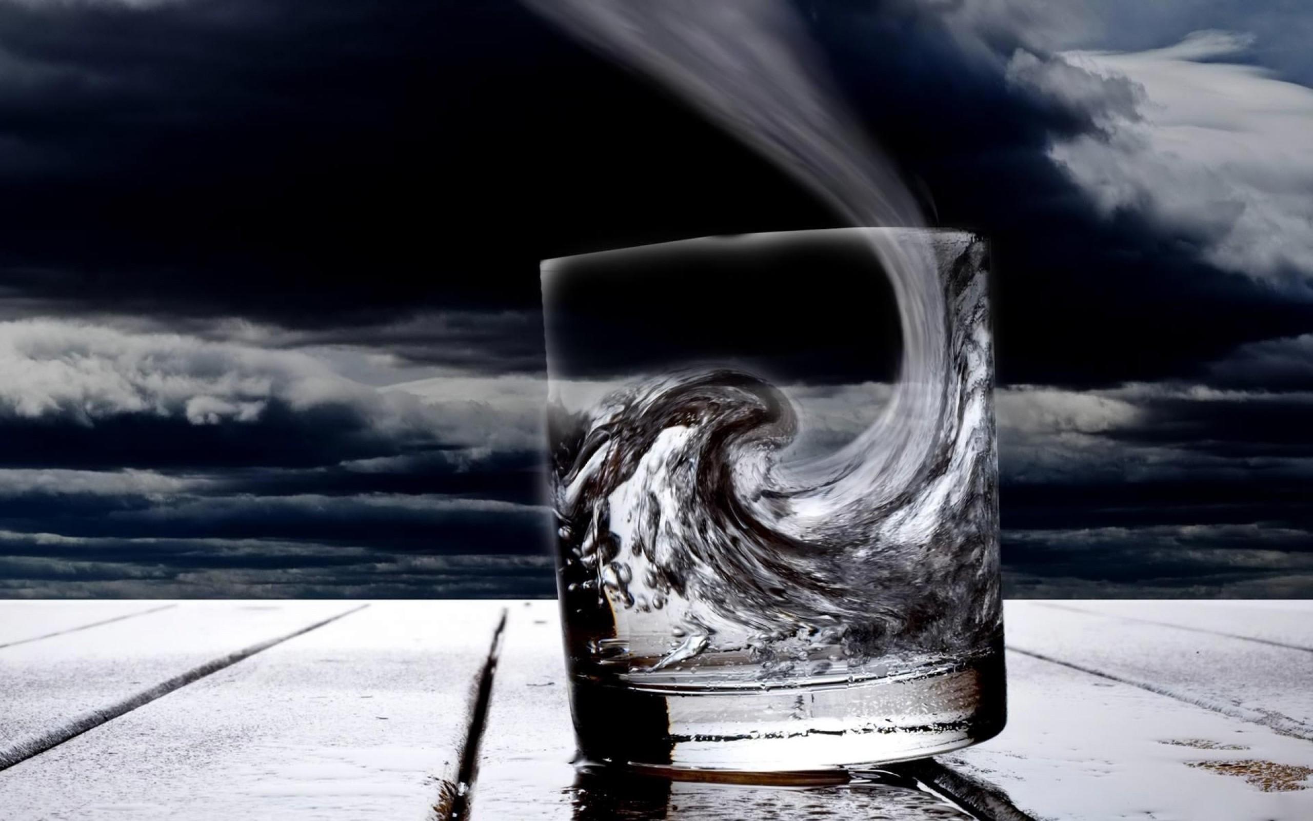Risultati immagini per storm glass water