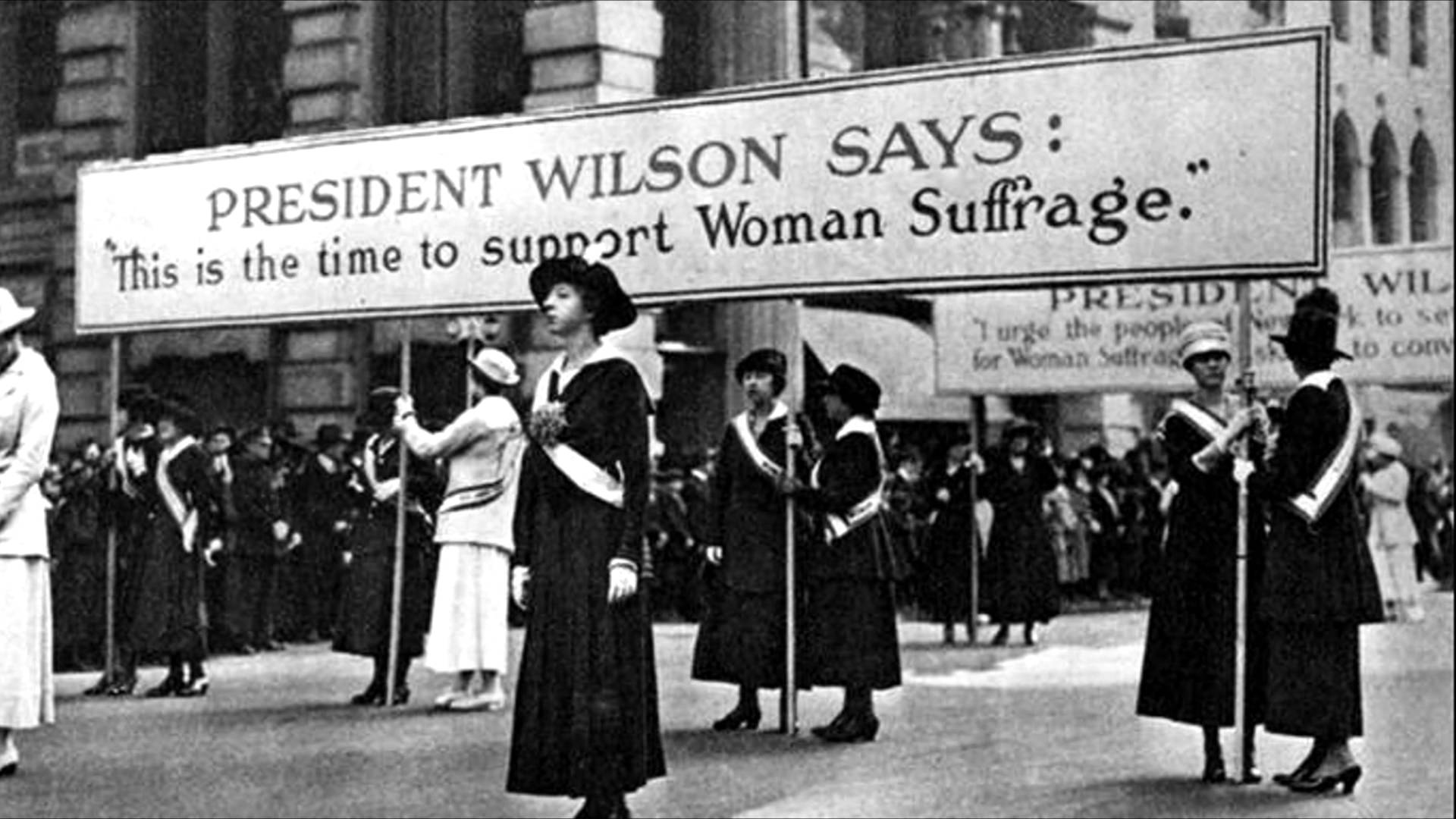 the womens suffrage movement essay How far the women's suffrage movement was responsible for women being granted the vote needs to be judged against other important factors such as the first world.