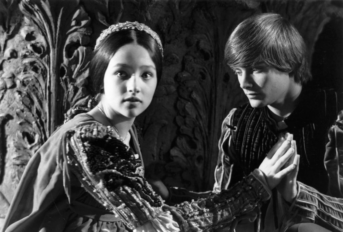 Romeo and Juliet on emaze