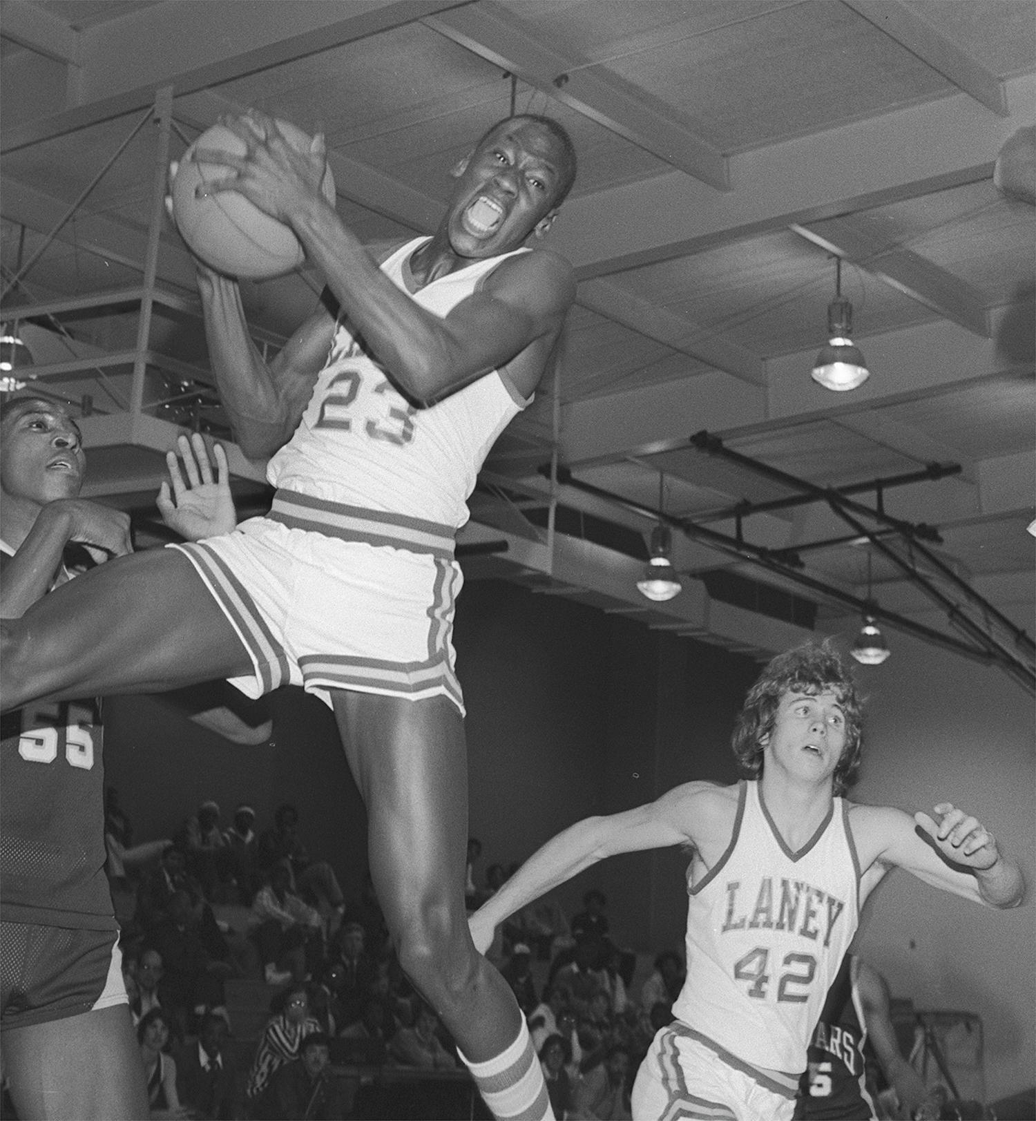 michael jordan basketball in high school