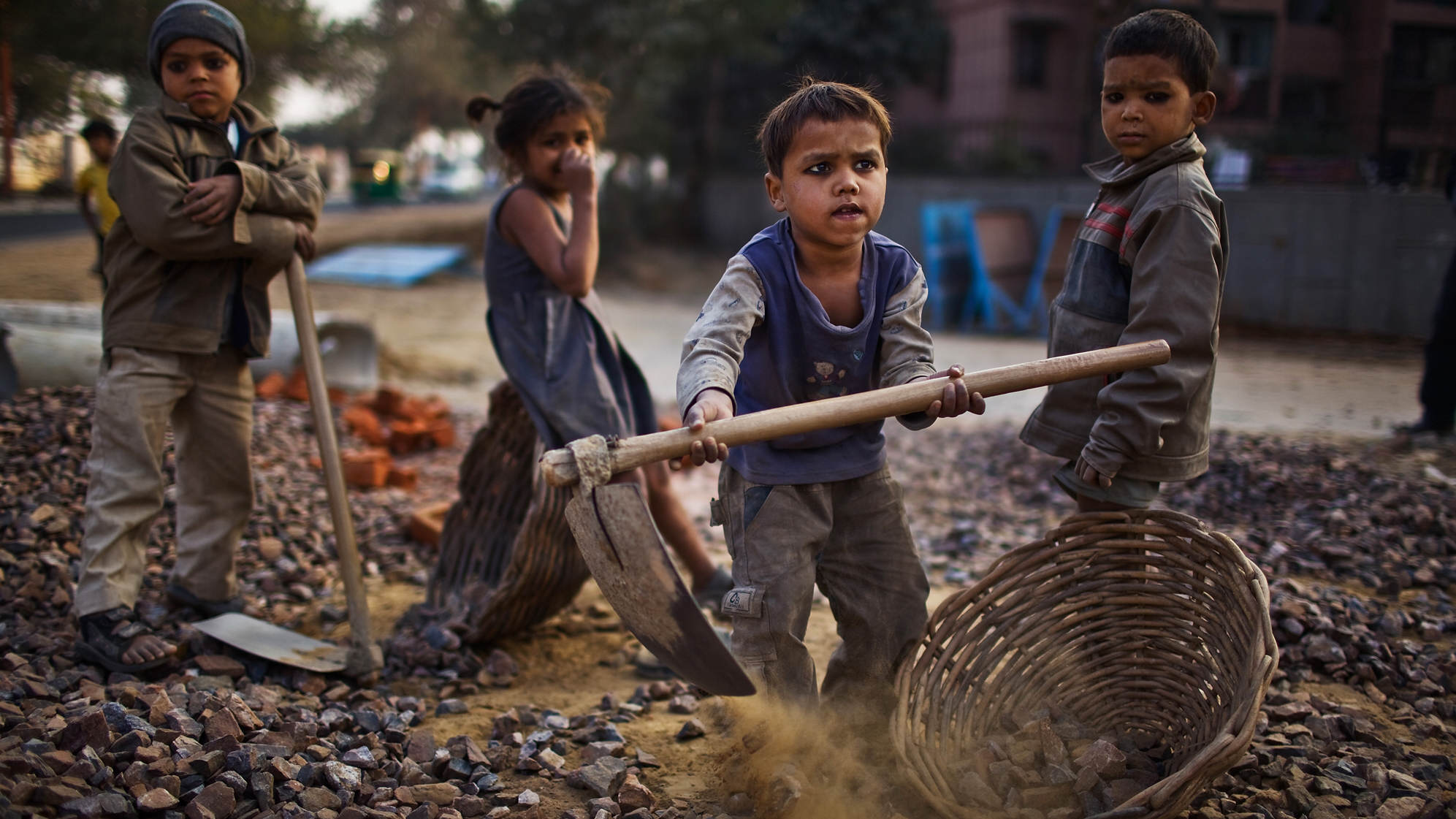 child labor thesis paper May be helpful for reduction of child labour and eventually may eliminate this problem under the prevailing socio-economic conditions of the country this research will be helpful as a useful reference in efforts to find out effective counterfactuals for eradication of wfcl in pakistan 12 statement of the.