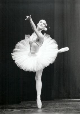 Problematiche make on emaze for Immagini di ballerine di danza moderna