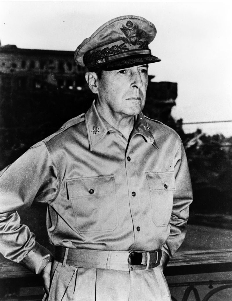 a great military leader douglas macarthur Douglas macarthur (military and political leader macarthur, douglas in recognition of his status as one of the nation's greatest living military leaders.