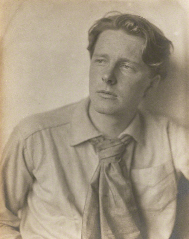 The comparison and contrast of Wilfred Owen's and Rupert Brooke's approaches to the subject of war