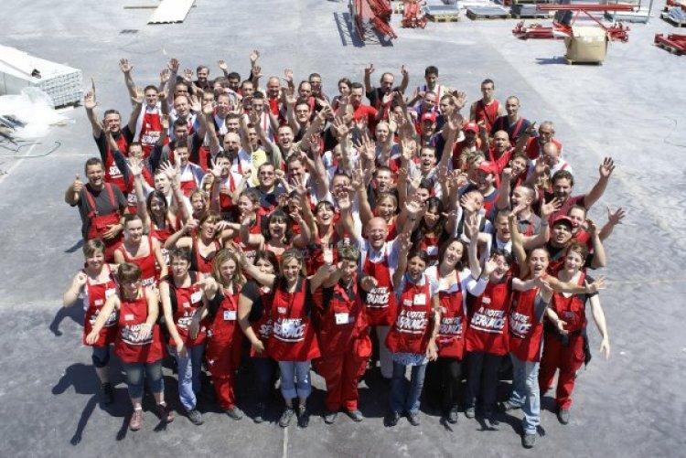 Rapport d 39 activit s professionnelles on emaze for Brico depot beauvais 60