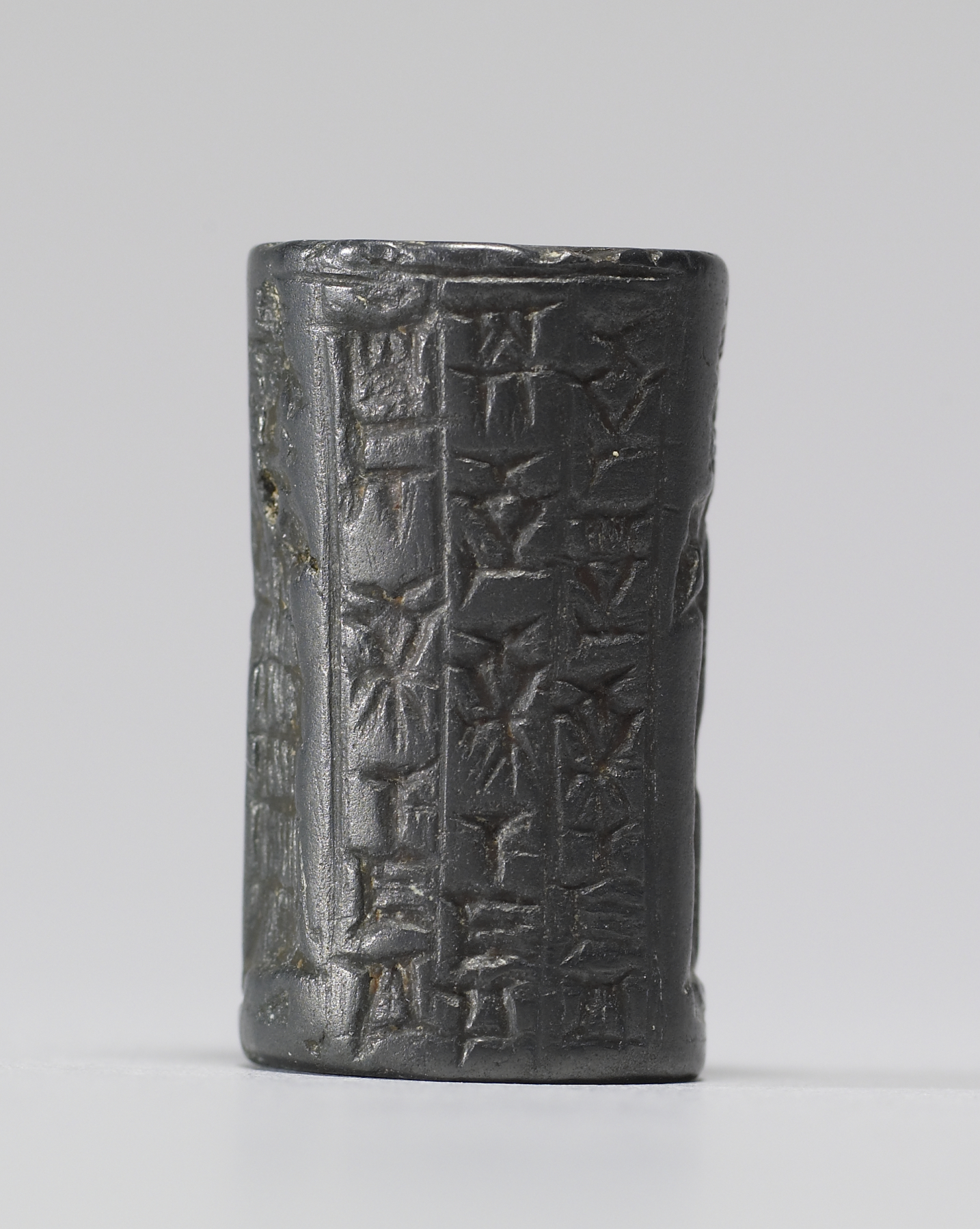 the envelope seal and the early mesopotamian writing process Cylinder seals were an ancient form of impression seals, which are used to make a unique identifying mark on some soft surface--much like some modern letter writers who create a personalized metal stamp seal with their initial(s) to stamp into hot sealing wax dripped on an envelope for creative effect.