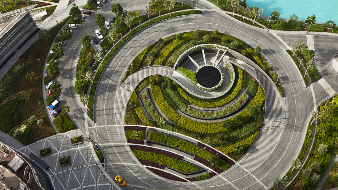 comparing urban landscapes as depicted by Landscape architecture landscape architecture is the study of planning and altering features of a natural landscape this often takes the form of public parks and gardens.