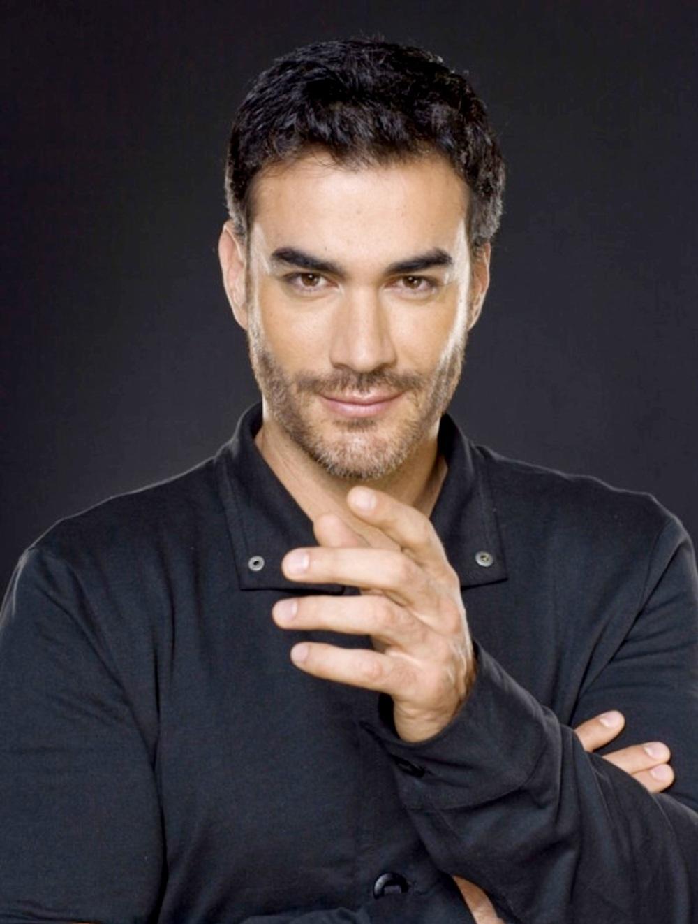 собрался мексиканские актеры мужчины фото порода