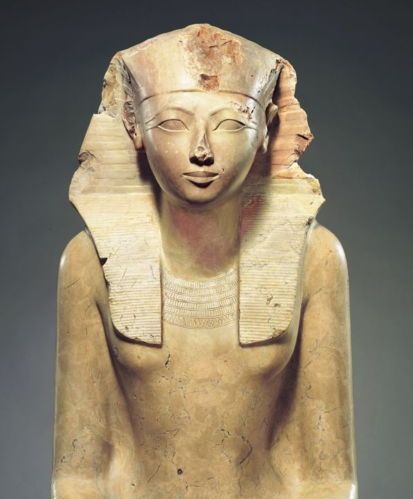 the first female pharoh hatshepsut essay Home » essay » hatshepsut  queen tetisheri was the first major  to new kingdom practices there was no provision for a female pharaoh in egyptian.