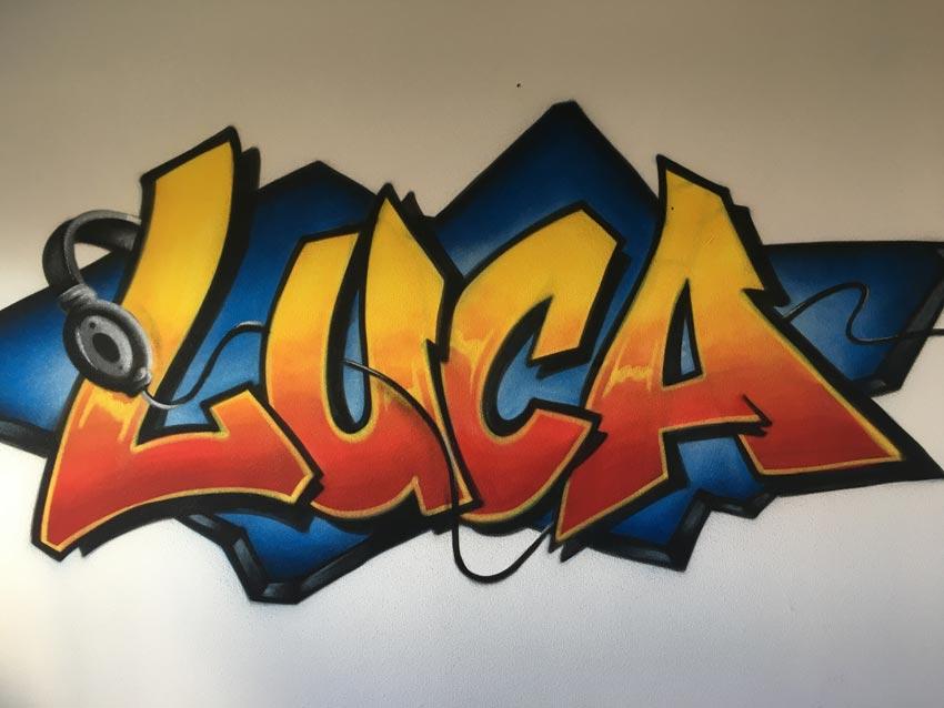 graffiti on emaze