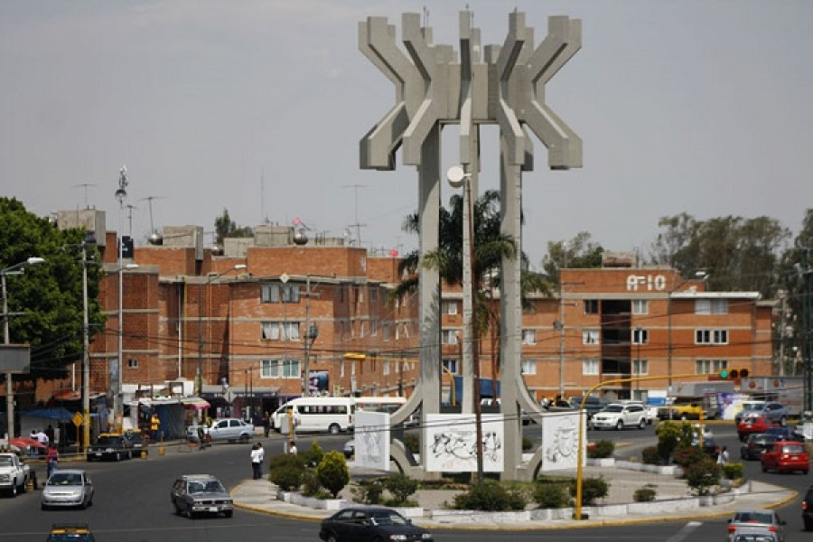 vista del monumento al proletariado