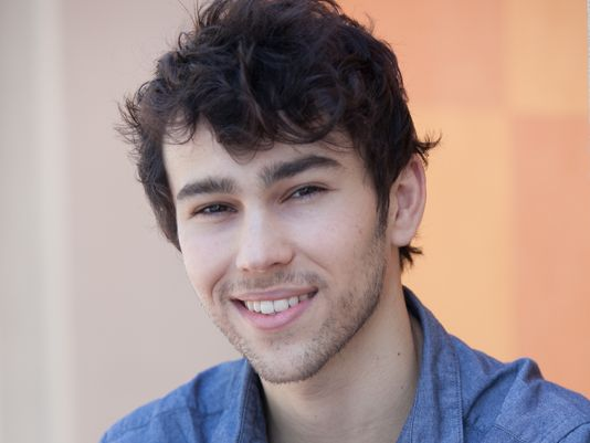 max schneider hands up download