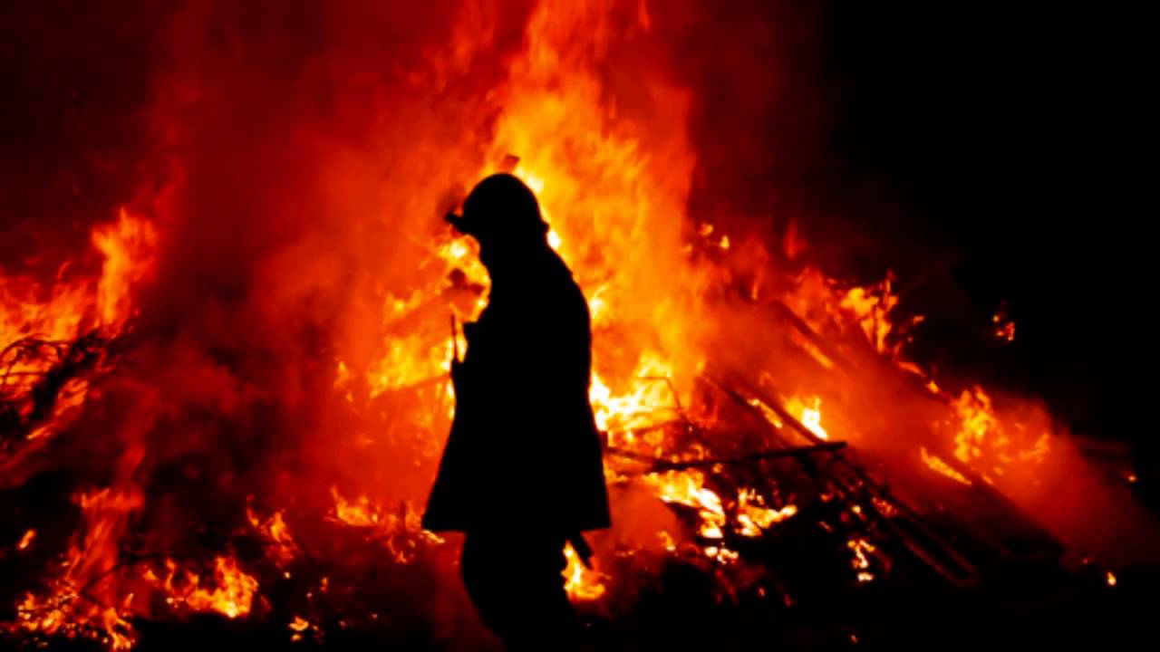 montag fire Firemen burn things and set things on fire for a living they usually use kerosene to start a burning fire they mainly burn books because it is against the law to read  at the next fire, what does montag take montag takes a book  fahrenheit 451 part:1 the hearth and the salamander q&a other sets by this creator 37 terms mgmt chapter 5.
