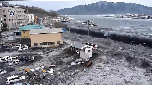 Tsunamis on emaze