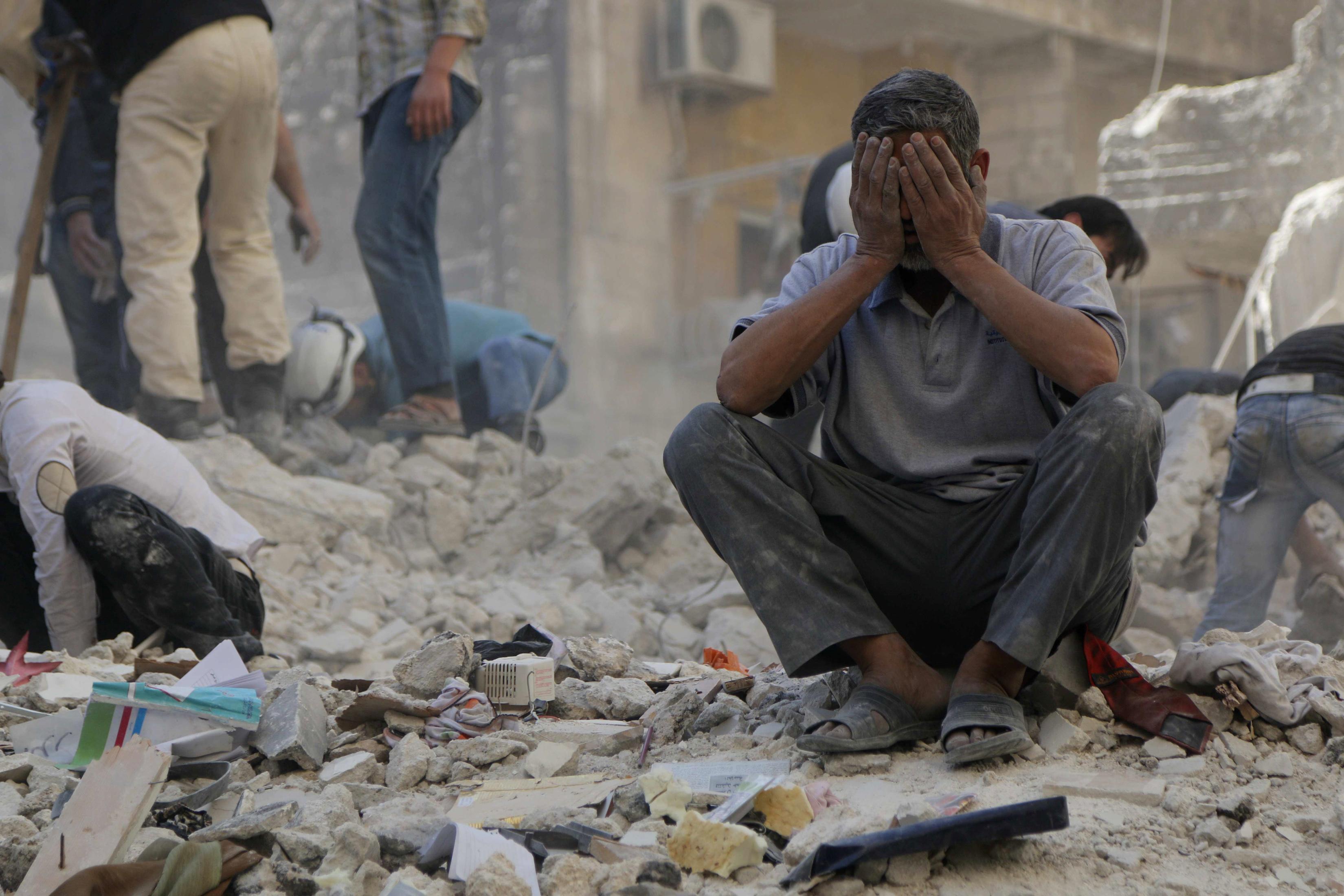 сайте имеется фото жертв в сирии платные