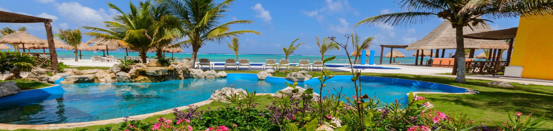 Pavoreal Resort